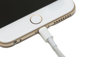 <iPhone 6s plus charging port replacement>